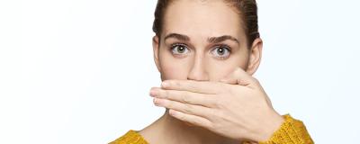5 maneras de saber si tienes mal aliento